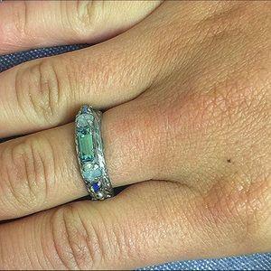 Sorrelli Single Band Crystal Ring, NWT